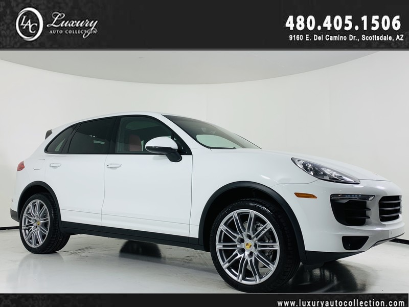 Pre Owned 2017 Porsche Cayenne S Awd